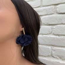 Load image into Gallery viewer, Fabric earrings *Dark Blue*