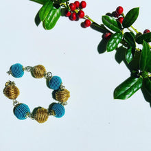 Load image into Gallery viewer, Caps Dorado bracelet blue and gold