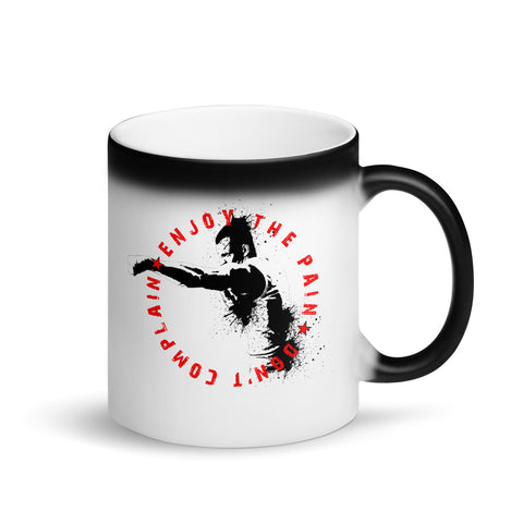 "Matte ""Black Magic"" Tasse - Enjoy the Pain"