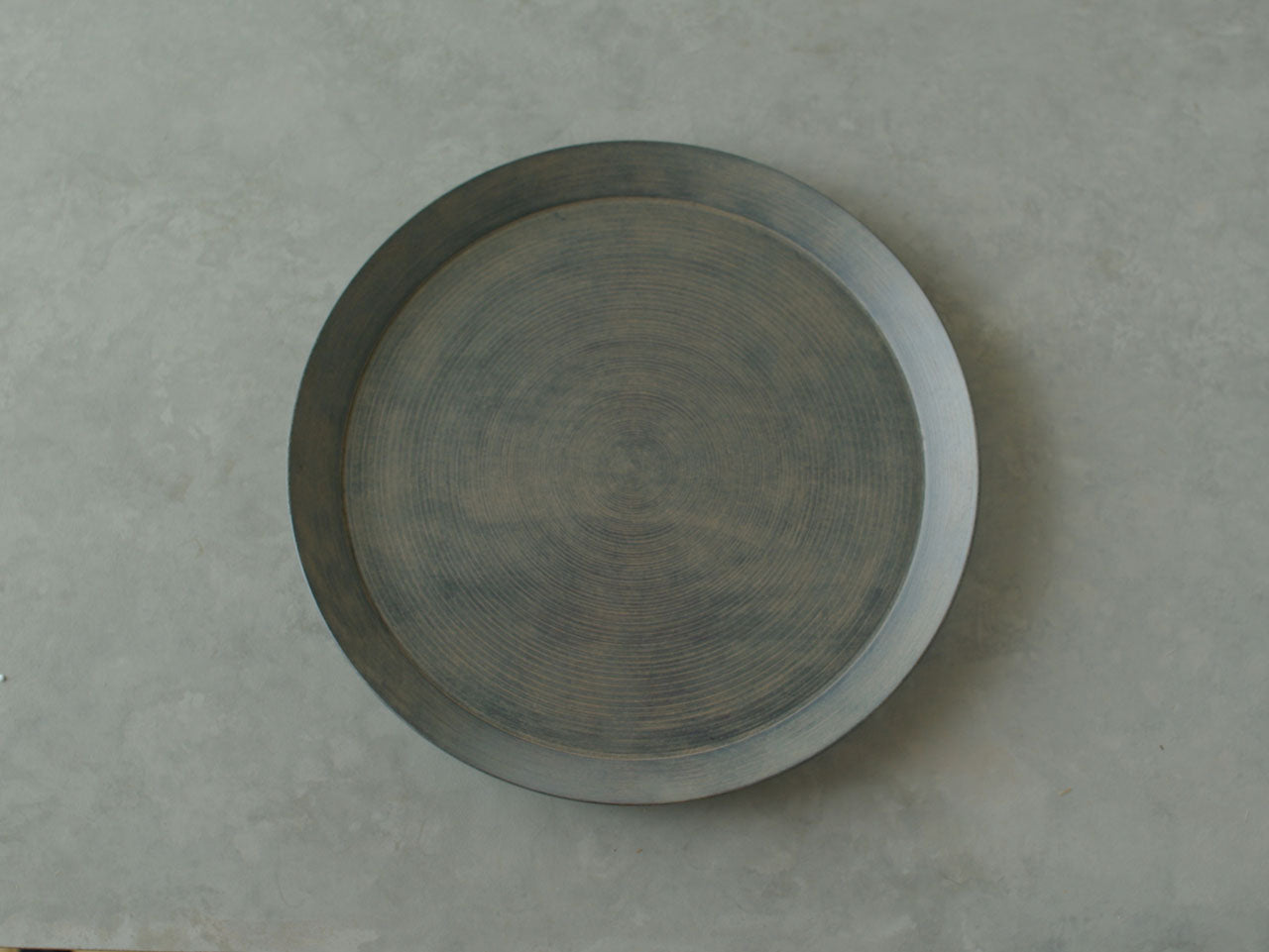 田澤祐介 丸盆 拭漆 薄白/ Round tray wiped-lacquer finish Pale white, by Yusuke Tazawa