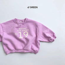 Load image into Gallery viewer, Nineteen Sweatshirt - OYlalakids