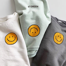Load image into Gallery viewer, Smile Longsleeve - OYlalakids