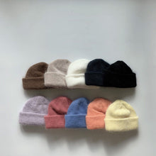 Load image into Gallery viewer, OY Mohair Beanie