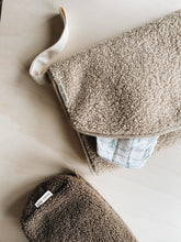 Load image into Gallery viewer, Studio Noos Pouch- chunky teddy brown