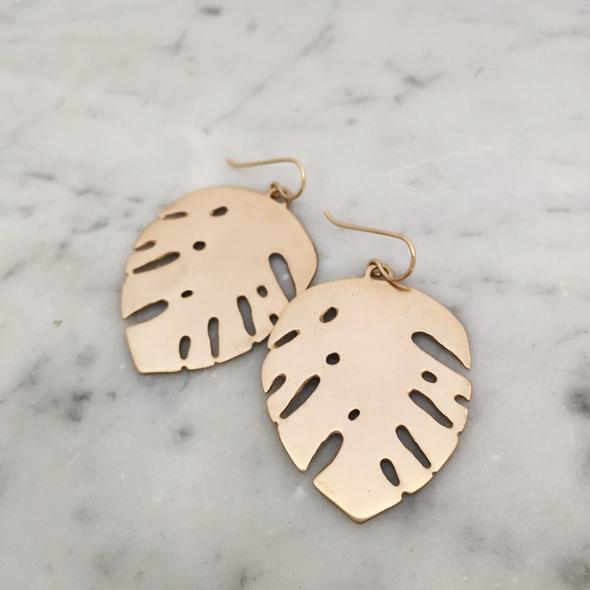 Monstera Earrings Bronze