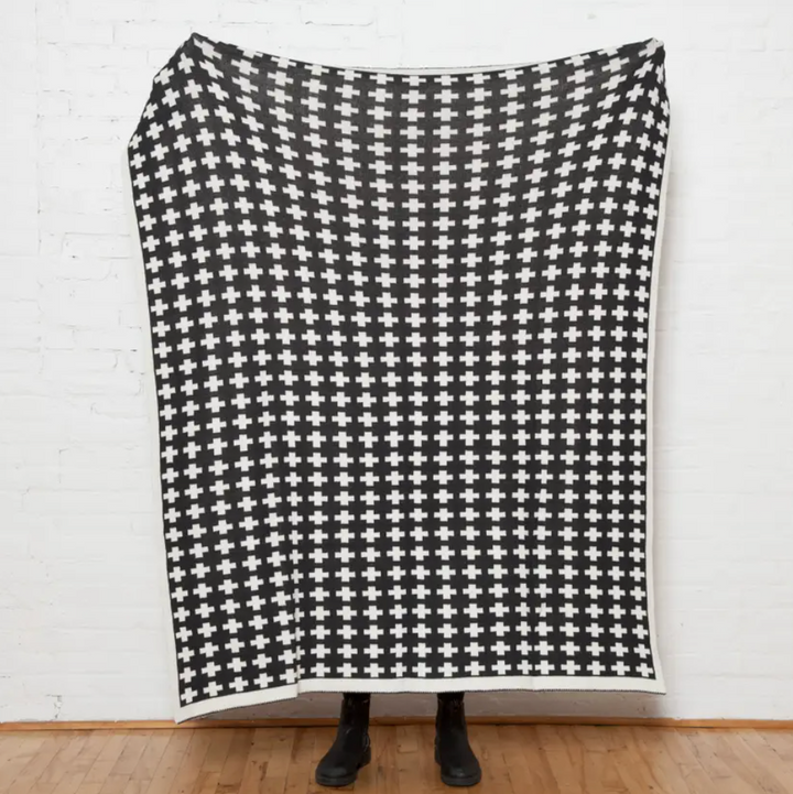 Sustainable Wool Small Cross Vertex Reversible Throw