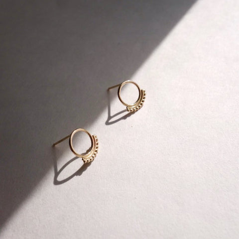Dotted Circle Stud - Brass