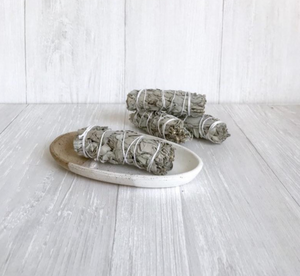 Ceramic Sage Dish - Speckled & White