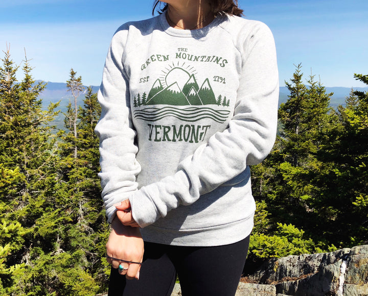 ND Green Mountains Vermont Crew Neck LIGHT GREY Sweatshirt