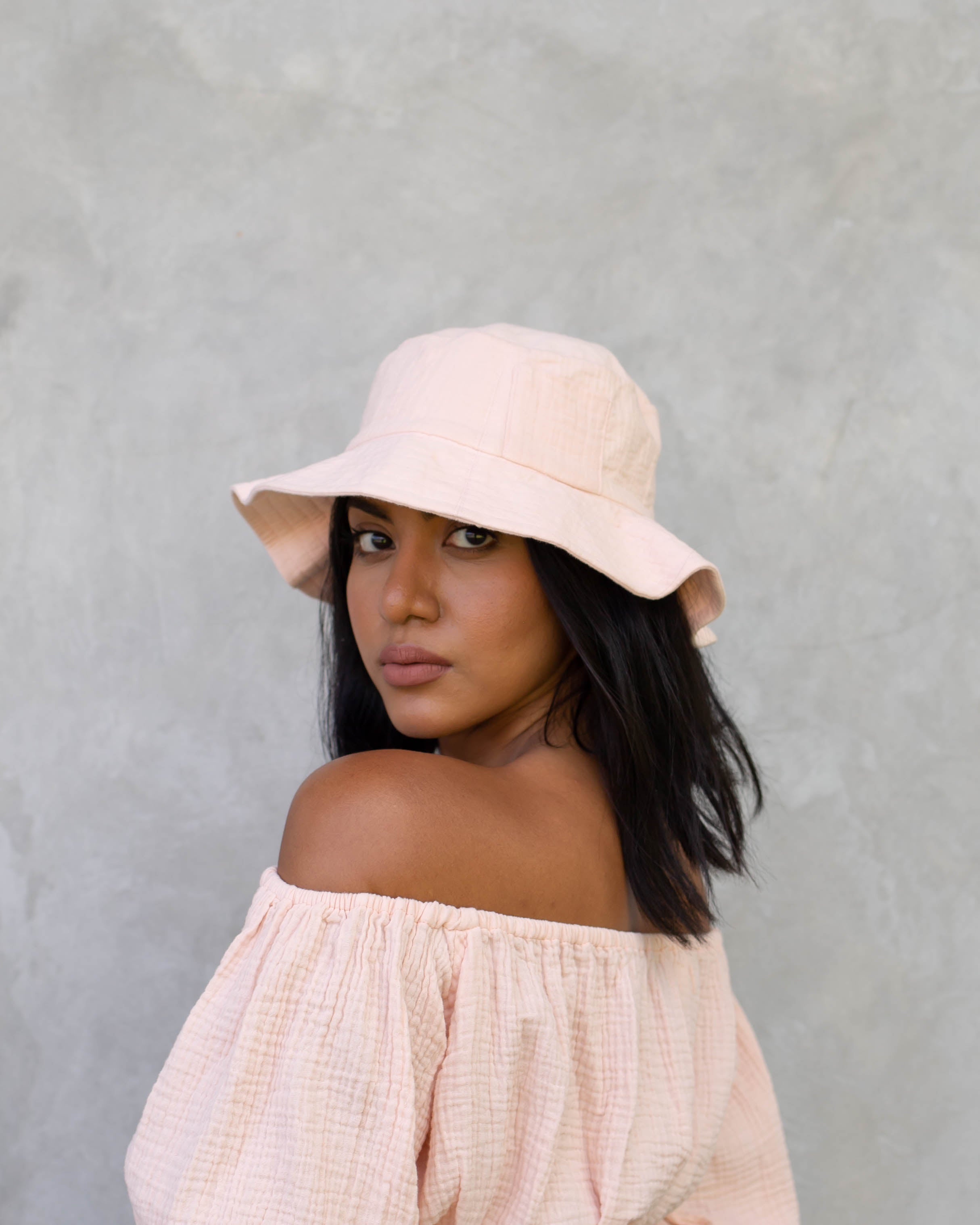 Elizabeth Bucket Hat in Blush