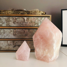 Load image into Gallery viewer, Rose Quartz Point