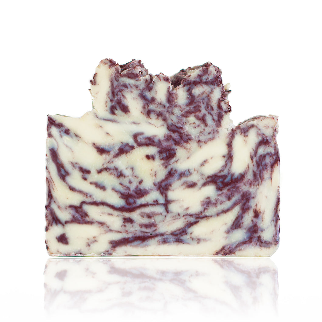 Sparkling Rhubarb Champagne is a scent that you'll keep returning to over and over. This complex scent is sweet but tart and warm but refreshing. One of our top sellers! Handmade, natural, vegan, olive oil soap. Made on Vancouver Island in BC, Canada.