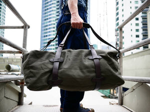 Open image in slideshow, Large Duffle Bag - The Signet Store