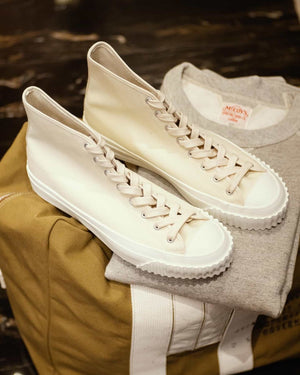 Open image in slideshow, Military Canvas Training Shoes  | MA17010, The Real McCoy's - The Signet Store