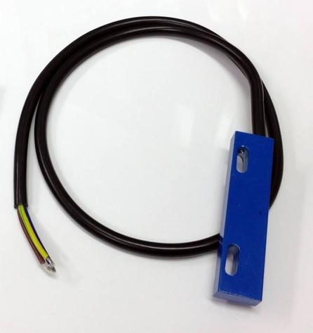 Reed Proximity Switch for Loss of Rotation Alarm