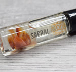 Sacral Chakra Oil - Sweet Orange Scent + Carnelian Healing Crystals - Creative Expression & Feminine Power
