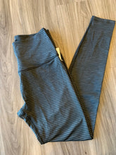 Load image into Gallery viewer, BEYOND YOGA x PURE BARRE LUX STRIPE LEGGING
