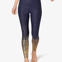 Load image into Gallery viewer, BEYOND YOGA ALLOY OMBRE MIDI LEGGING
