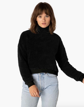 Load image into Gallery viewer, BEYOND YOGA SHERPA CROPPED PULLOVER