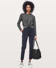 Load image into Gallery viewer, LULULEMON CROPPED PULLOVER