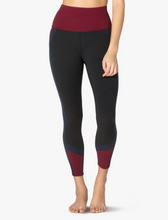 Load image into Gallery viewer, BEYOND YOGA COLORBLOCK LEGGING