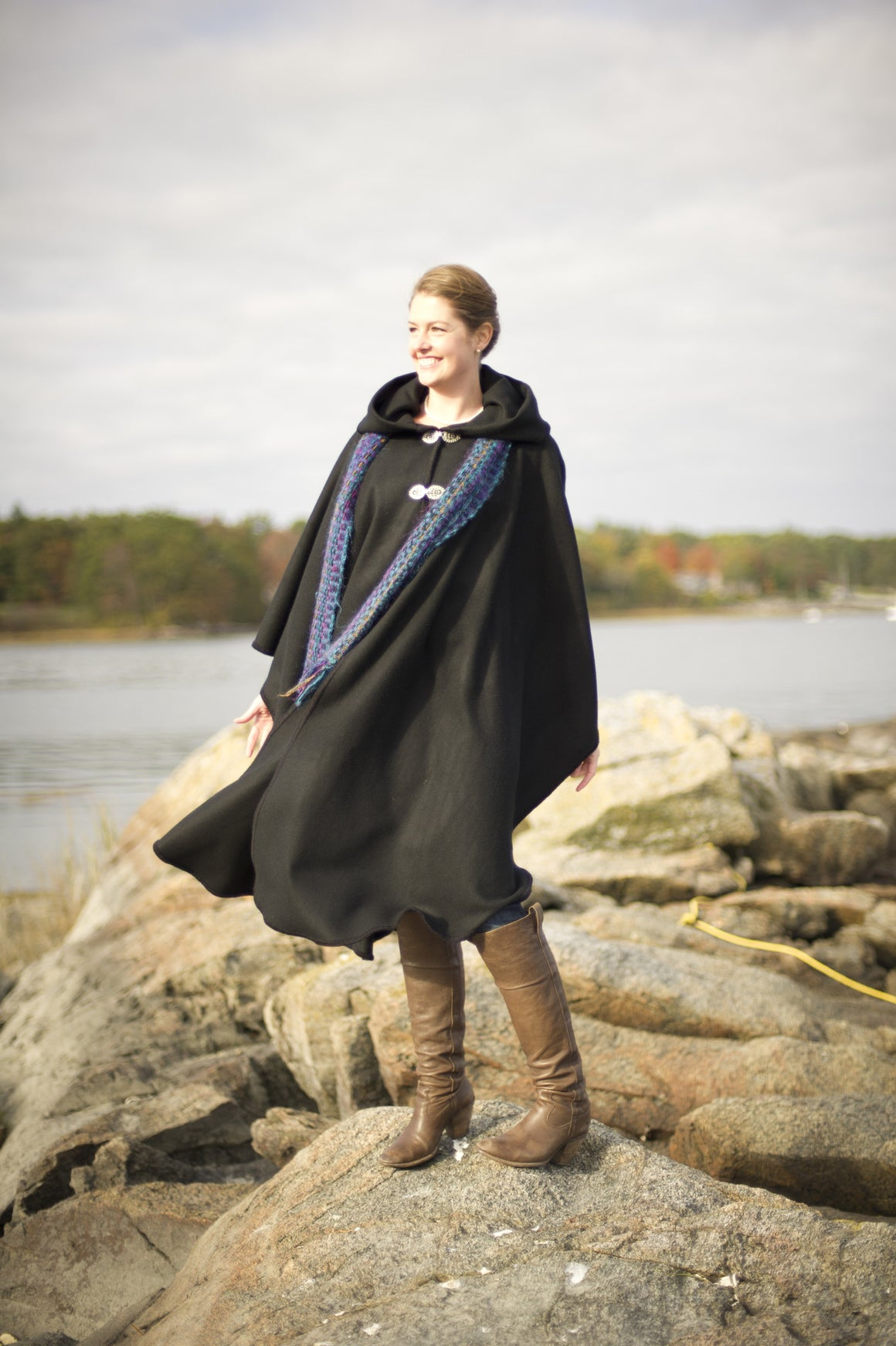 Old Port Wool and Textile Company, Portlander Merino Wool Cape - Black 1