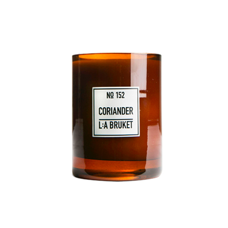L:A Bruket Scented Candle 260g - 152 Coriander/pt udsolgt/sold out