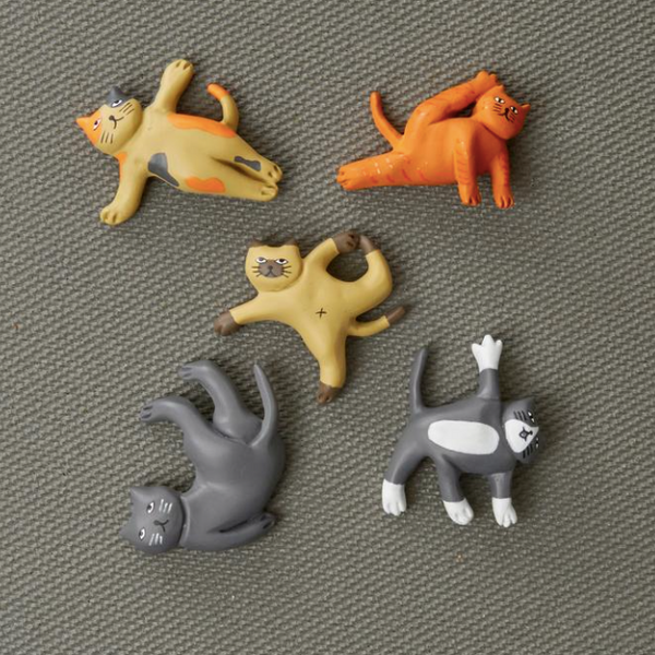 Kikkerland - Cat Yoga Magnets
