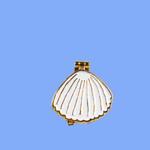 Coucou Suzette - Clam Shell Pin