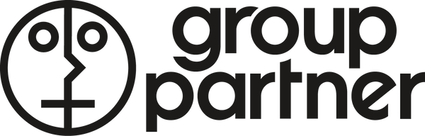 Group Partner - Dark Girl Leaves Pot