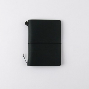 Traveler's Company Traveler's Notebook Black Passport Size