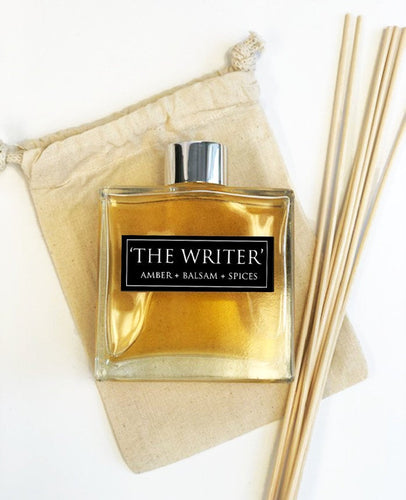 The Writer - 7oz Reed Diffuser Set- Amber + Balsam + Fresh Spices