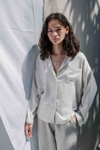 Relaxed fit classic button up top  from the softest linen and responsibly harvested rayon blend, with seashell buttons