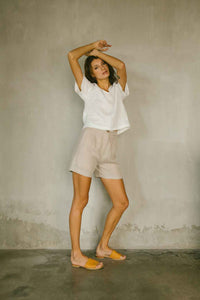 Relaxed fit top with a soft V neckline in white made from 100% Belgian Linen