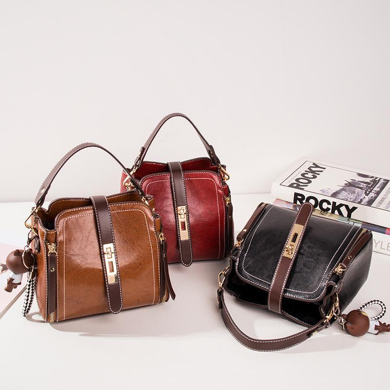 Women's retro leather handbag messenger bag - popmoca