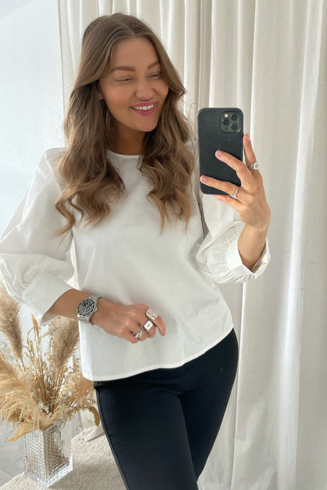 Donna 3/4 Puff Sleeves - White