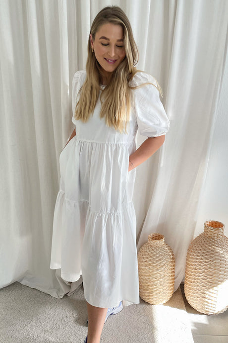 Donna 2/4 Dress (Forudbestilling lev. uge 14) - White
