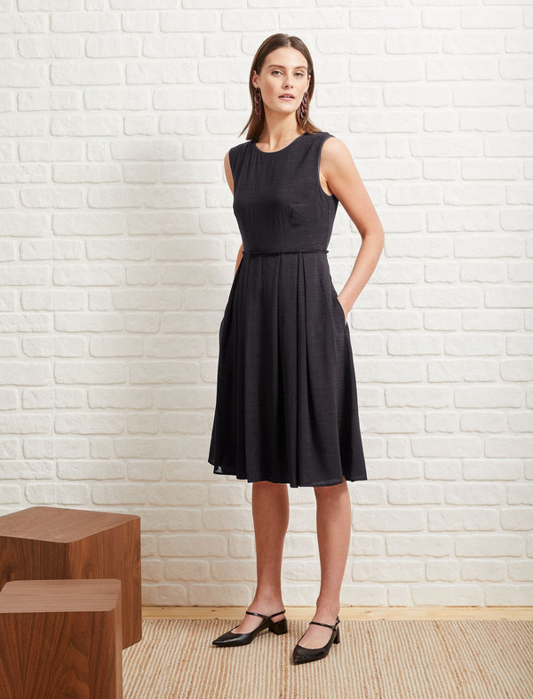 Sleeveless Knee Length Dress - Black