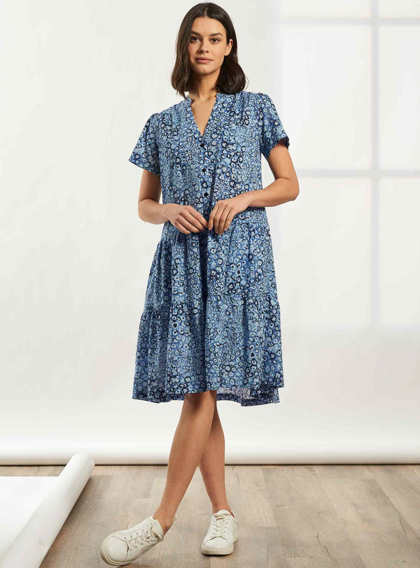 Delaney Short Sleeve Knee Length Gathered Trapeze Shirt Dress - Cornflower Blue Leopard Pansy Print