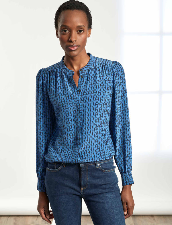 Bailey Collarless Gathered Silk Shirt - Cornflower Blue Circle Geo