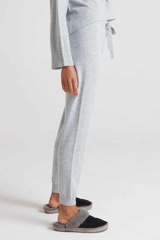 Bella-Dahl-Cashmere-Jogger-in-Heather-Grey