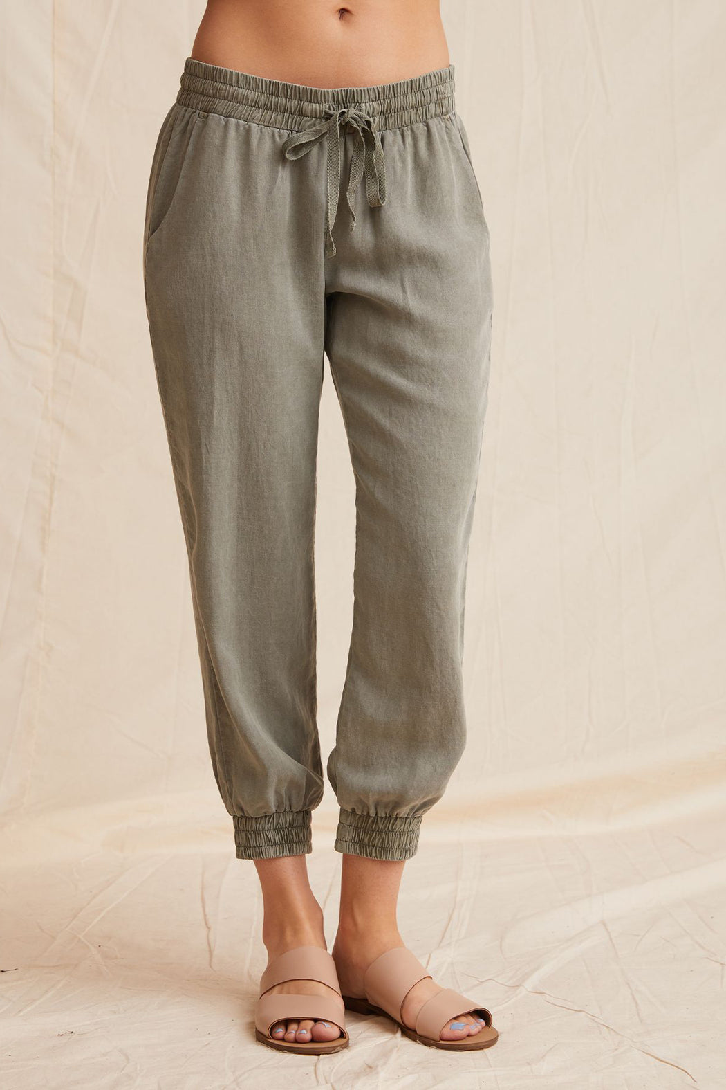 Bella Dahl Easy Jogger Army Green