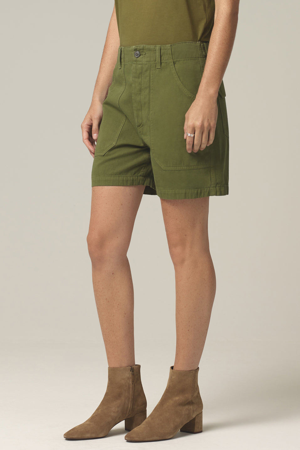 Citizens of Humanity Madeline Relaxed Patched Pocket Short in Cactus