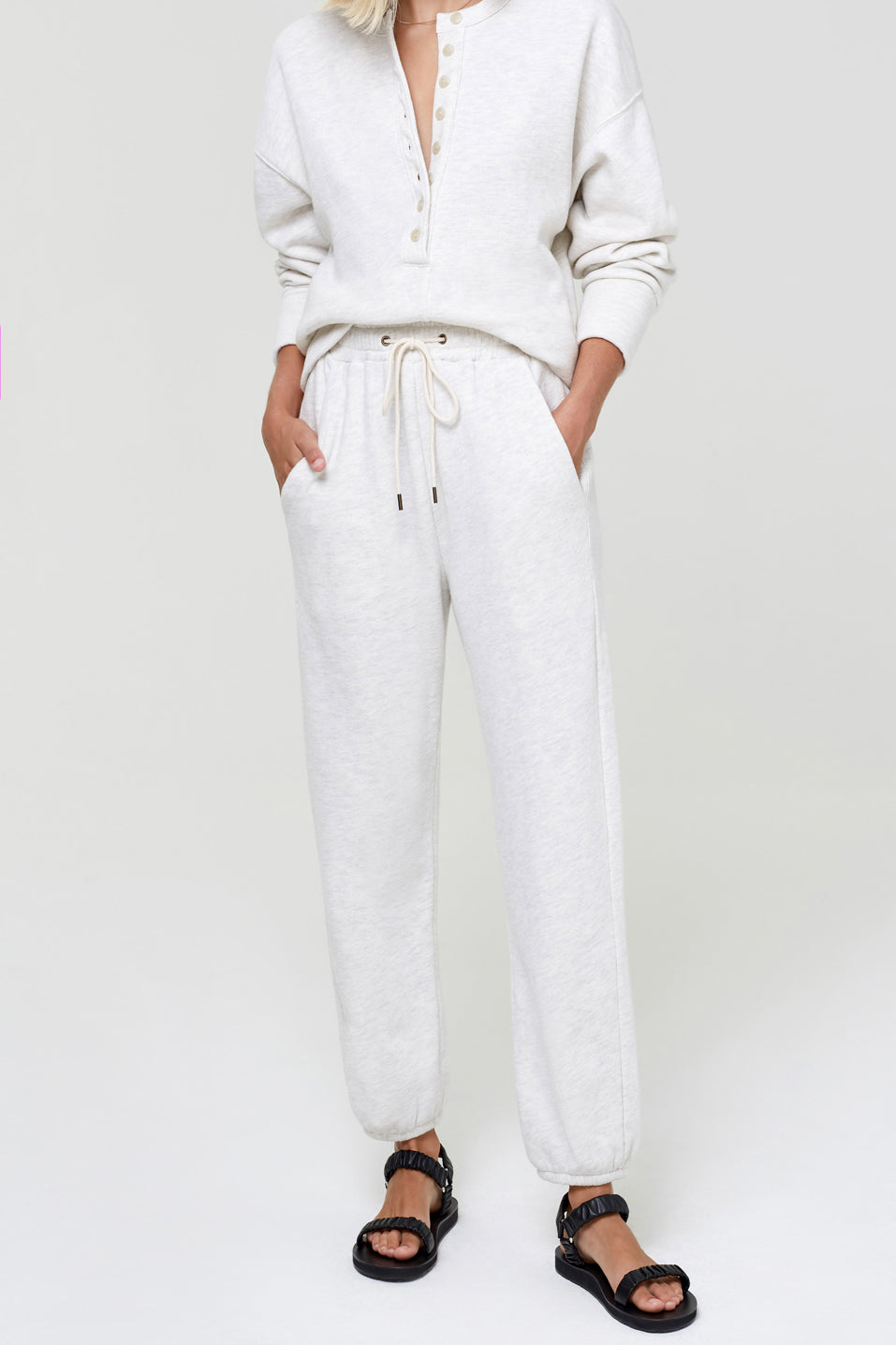 Citizens-of-Humanity-Laila-Casual-Fleece-Pant-Oatmeal
