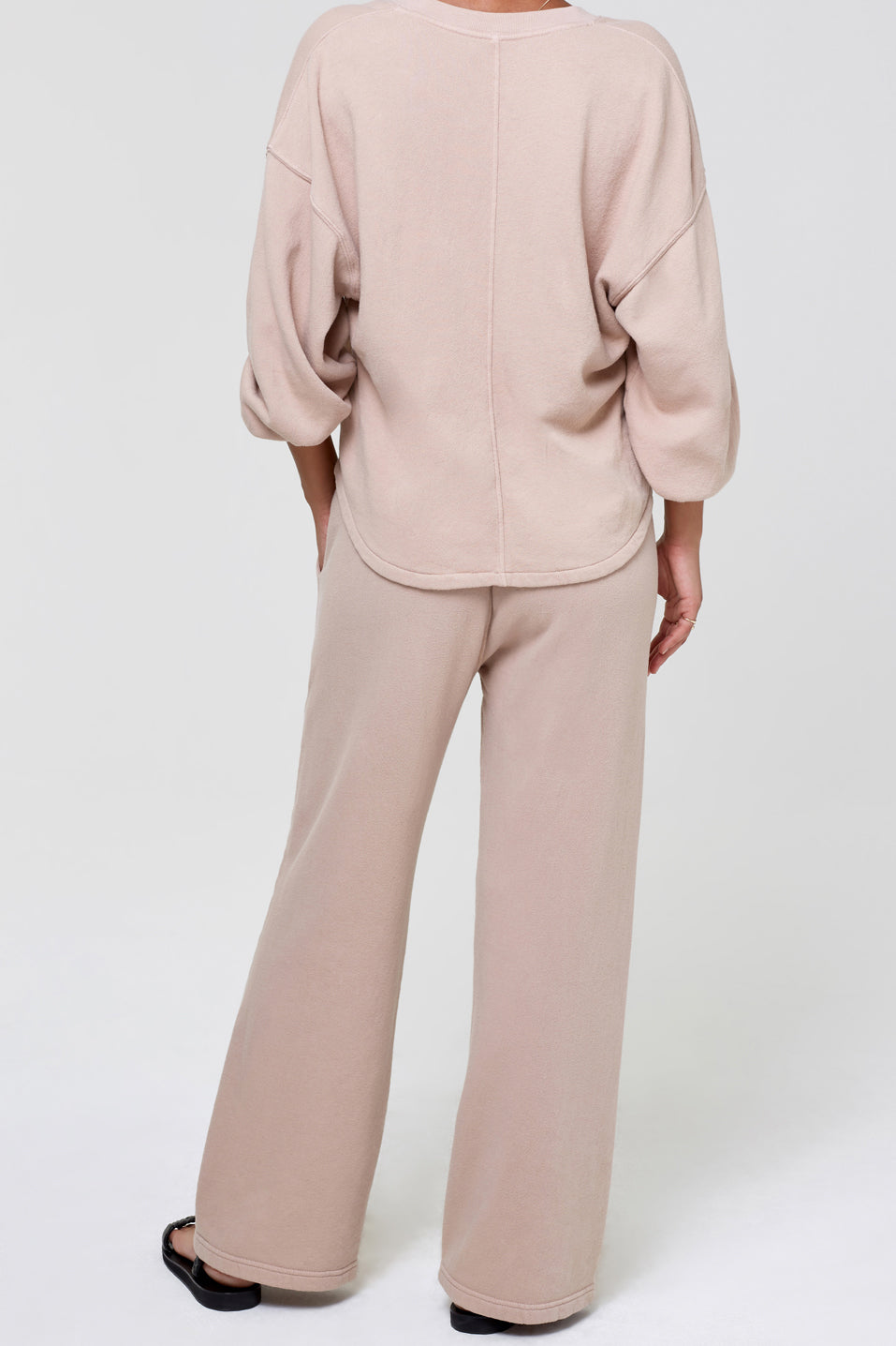 Citizens-of-Humanity-Nia-Wide-Leg-Lounge-Pant-Nougat