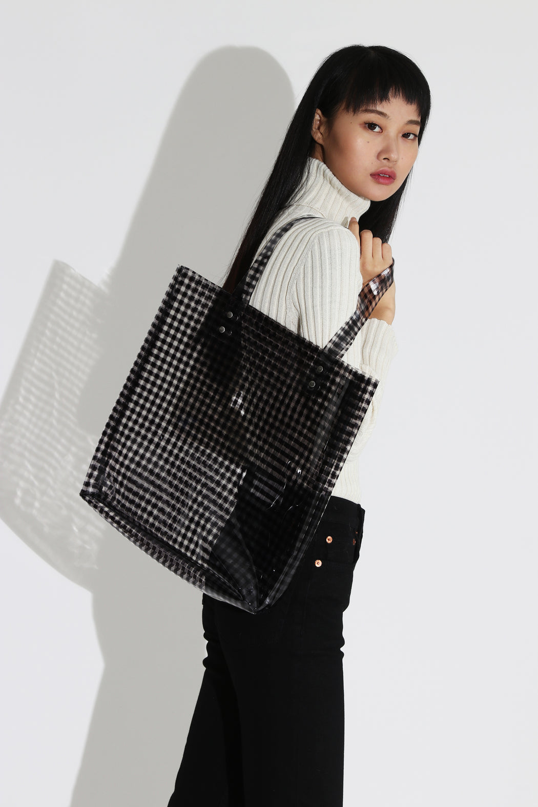 Clyde Lucid Tote Black Gingham