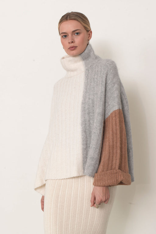 Eleven Six Talia Poncho Color Block