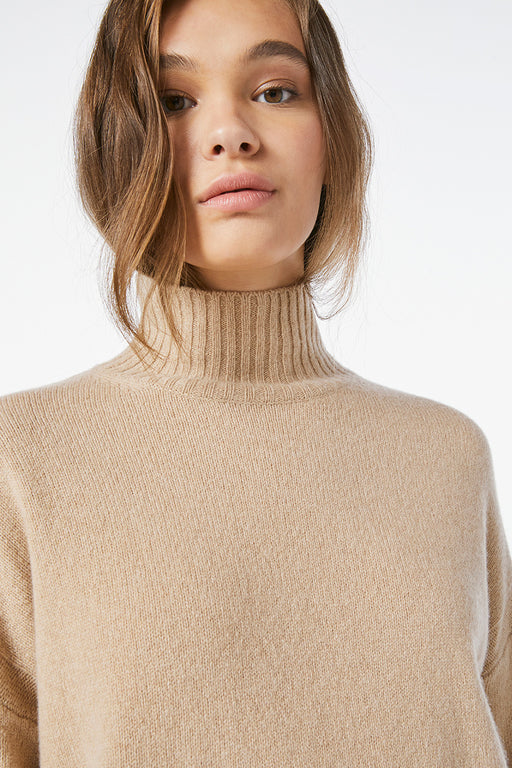 FRAME-High-Low-Turtle-Neck-Caramel-Heather