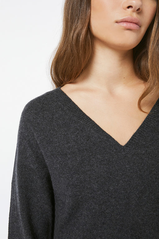 FRAME-Le-Low-Rise-V-Sweater-Charcoal-Heather