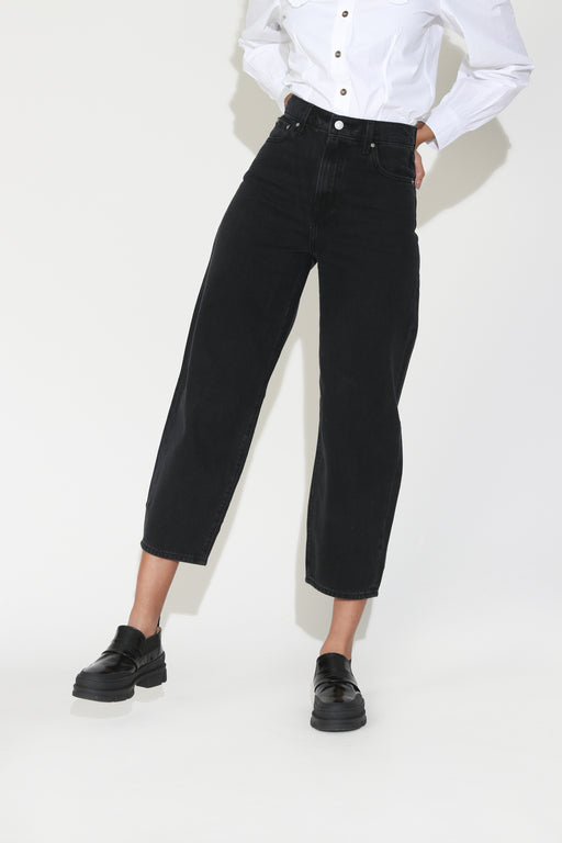 Levi's Balloon Leg Jean in Black Book